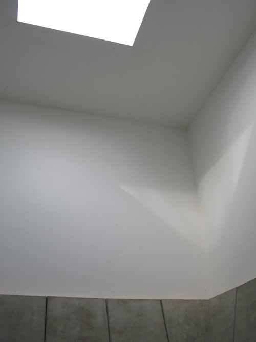 Deer Shelter Skyspace_2_James Turrell