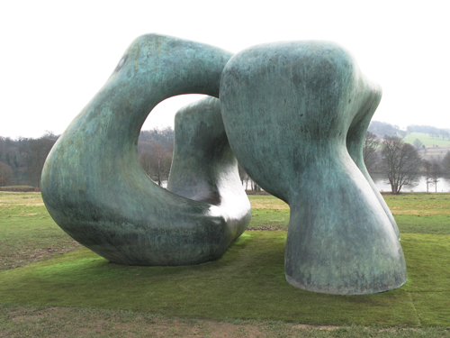 Large Two Forms_2_Henry Moore