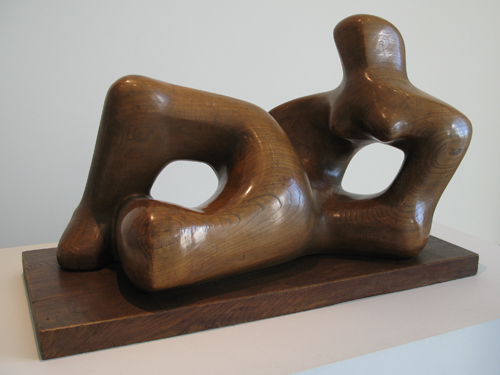 Reclining Figure_Henry Moore